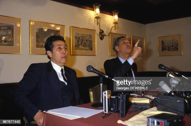 Conférence de Ahmed Ben Bella et Hocine Aït Ahmed le 16 décembre 1985 à Londres au RoyaumeUni