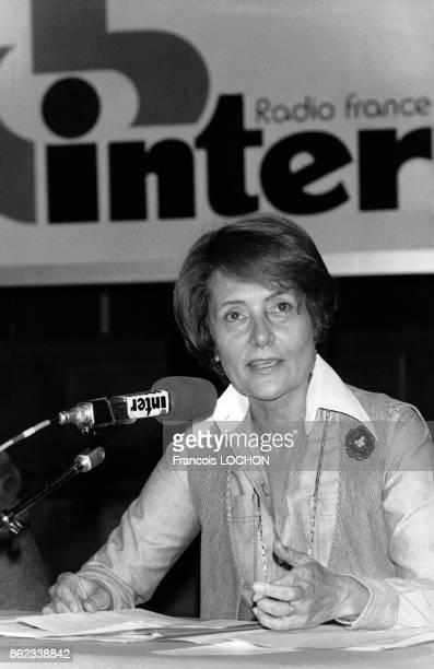 Conférence de presse de Jacqueline Baudrier PDG de 'Radio France' le 21 septembre 1976 à Paris France