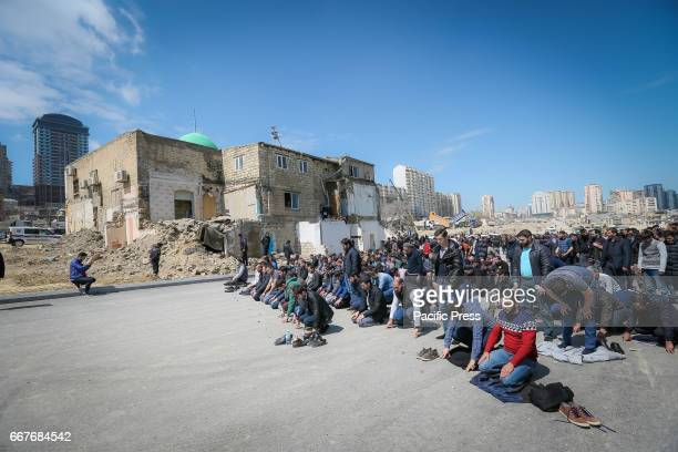 SOVETSKAYA BAKU AZERBAIJAN A confrontation arose between the police and a large group of believers who refused to release the building of the Haji...