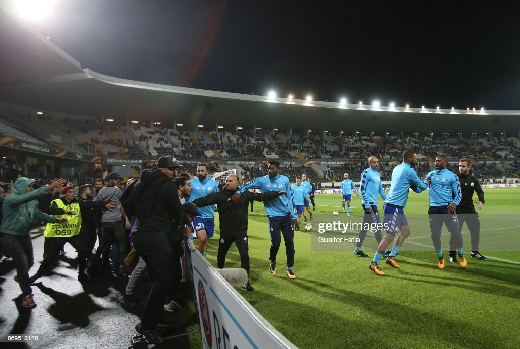 Vitoria Guimaraes v Olympique Marseille - UEFA Europa League : Photo d'actualité