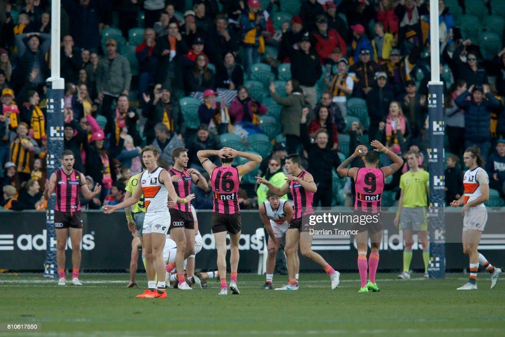 AFL Rd 16 - Hawthorn v GWS : News Photo