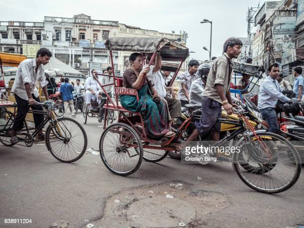 congested streets in old delhi india - old delhi stock pictures, royalty-free photos & images