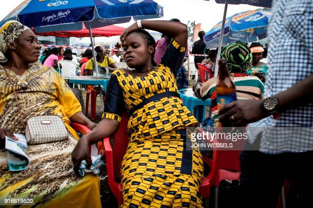 Congolese festivalgoers relax during the Amani Festival on February 10 2018 in Goma The Amami Festival runs from Febraury 9 to 11 promoting peace and...