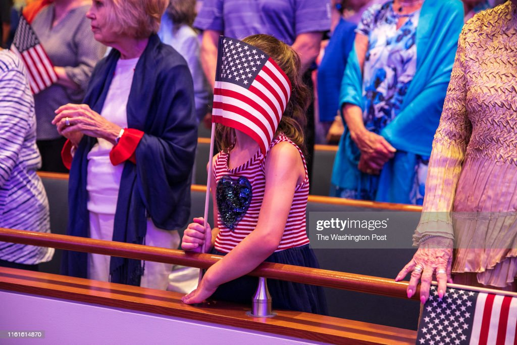 How are Evangelical Christians faring in the age of Trump, and will they elect him afresh in 2020? : News Photo