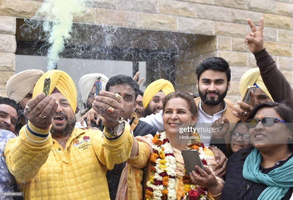 Congress leader Navjot Singh Sidhu's wife Dr Navjot Kaur Sidhu celebrating after landslide victory in Punjab assembly elections on March 11 2017 i