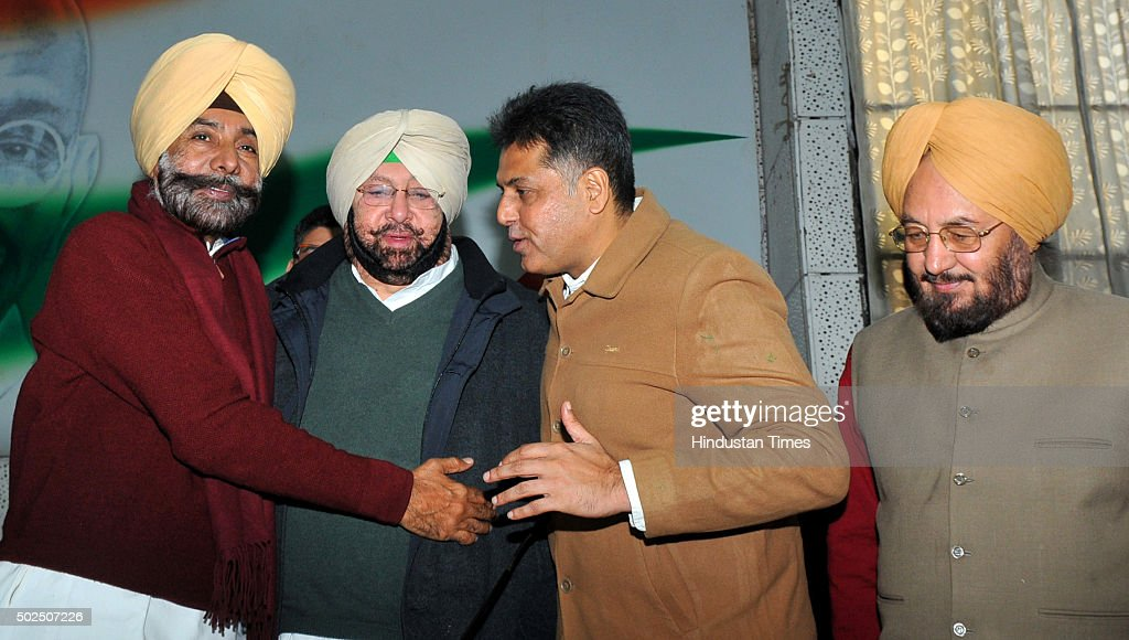 Congress leaders Jagmeet Brar and Manish Tewari welcoming Punjab Congress President Capt Amrinder Singh during the press conference at Punjab...