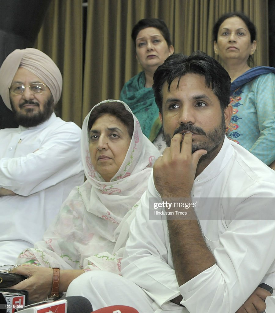 Congress MLAs Amarinder Singh Raja Warring Rajinder Kaur Bhattal and others addressing the media persons during the assembly session at Punjab Vidhan.