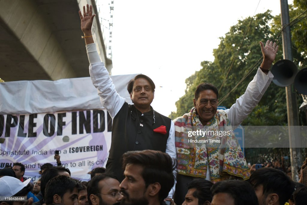 Congress MP Shashi Tharoor Joins Protest Against CAA amd NRC In Delhi : News Photo