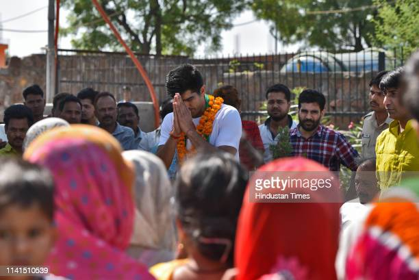 Congress party candidate from South Delhi Lok Sabha constituency Vijender Singh addresses the local residents at Bhim Basti in South West Delhi on...