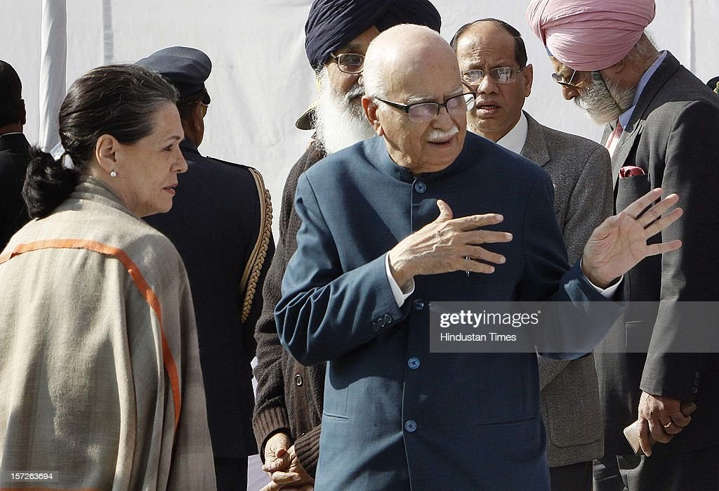 Congress President Sonia Gandhi and senior BJP leader LK Advani at the funeral of former Prime Minister of India Inder Kumar Gujral on December 1, 2012 in New Delhi, India. Inder Kumar Gujral who served as 12th Prime minister of India from April 1997 to March 1998 passed away on November 30, 2012 at the age of 92 years.