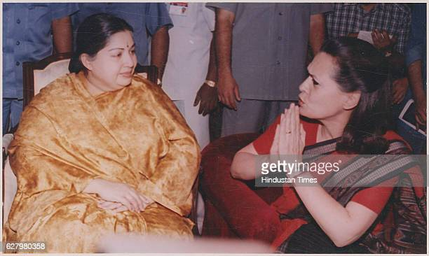 Congress president Sonia Gandhi with Jayalalithaa at a tea party hosted by Subramanian Swamy March 29 1999 in New Delhi India Tamil Nadu Chief...