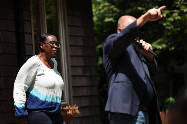 OH: Nina Turner Campaigns Ahead Of Special Democratic Primary In Ohio's 11th Congressional District