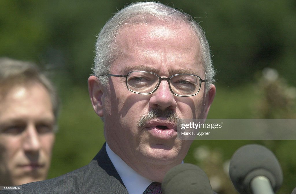 Congressman Bob Barr (R-GA) addressed the press and public, urging on the President declare war, as they have, on the terrorist attackers responsible for the September 11, 2001 attack on America.