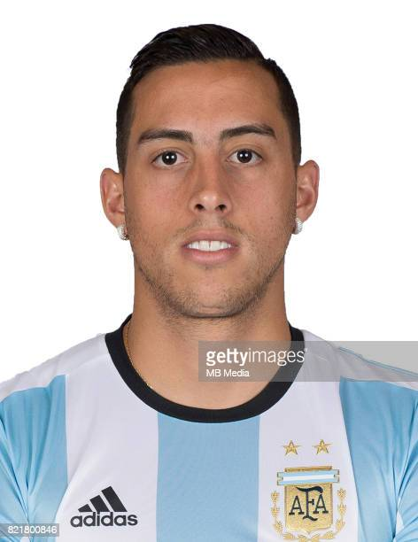 Conmebol World Cup Fifa Russia 2018 Qualifier / 'nArgentina National Team Preview Set 'nRamiro Funes Mori