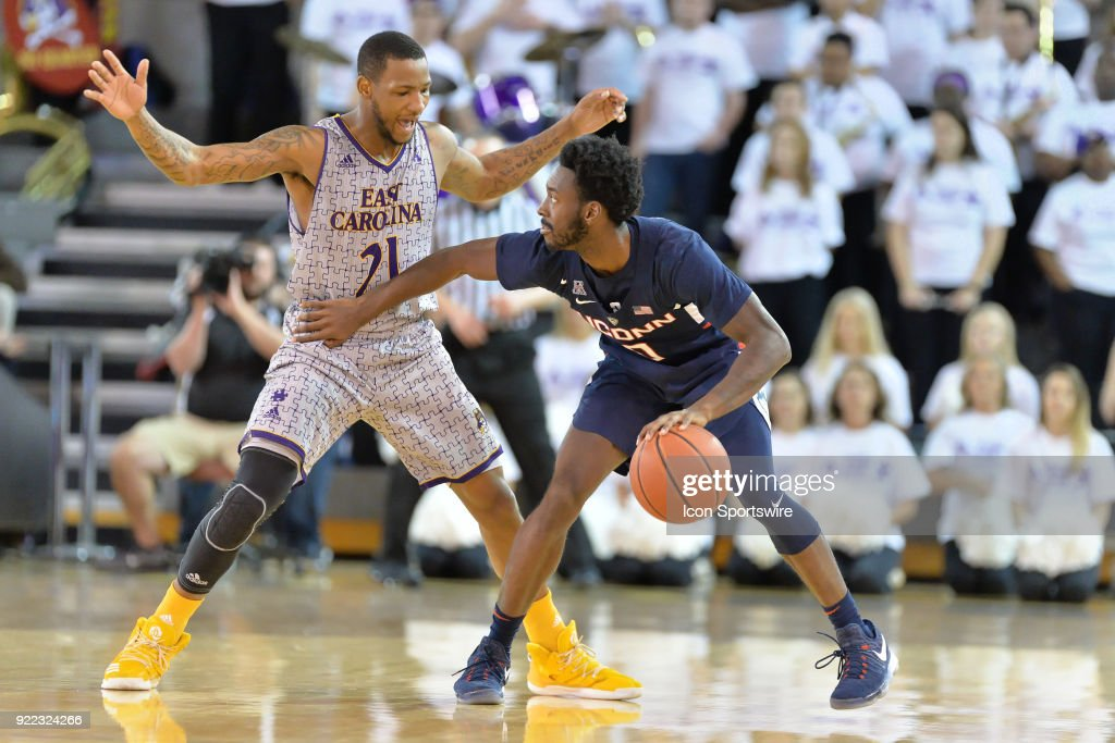 COLLEGE BASKETBALL: FEB 18 UConn at East Carolina : News Photo