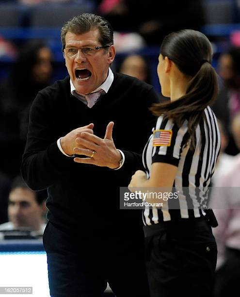 Connecticut Huskies head coach Geno Auriemma give referee Maj Forsberg a piece of his mind during the first half against the number 1 ranked Baylor...