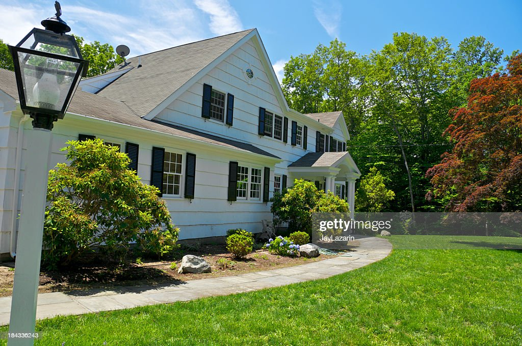 Connecticut, New England USA, c.1970's Colonial style suburban home : Stock Photo
