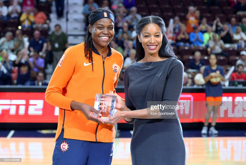 WNBA: AUG 23 Second Round Playoffs - Phoenix Mercury at Connecticut Sun : News Photo