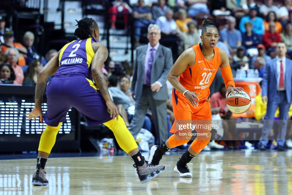 WNBA: MAY 24 Los Angeles Sparks at Connecticut Sun : News Photo