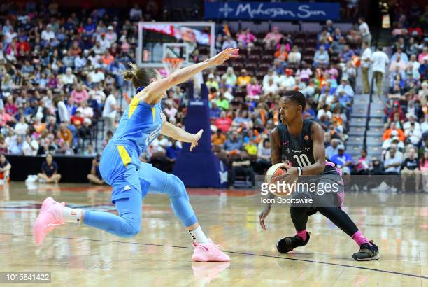 Connecticut Sun guard Courtney Williams and Chicago Sky guard Allie Quigley in action during a WNBA game between Chicago Sky and Connecticut Sun on...