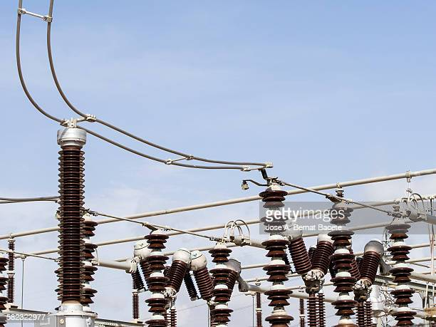 Connections in an electrical plant of high tension
