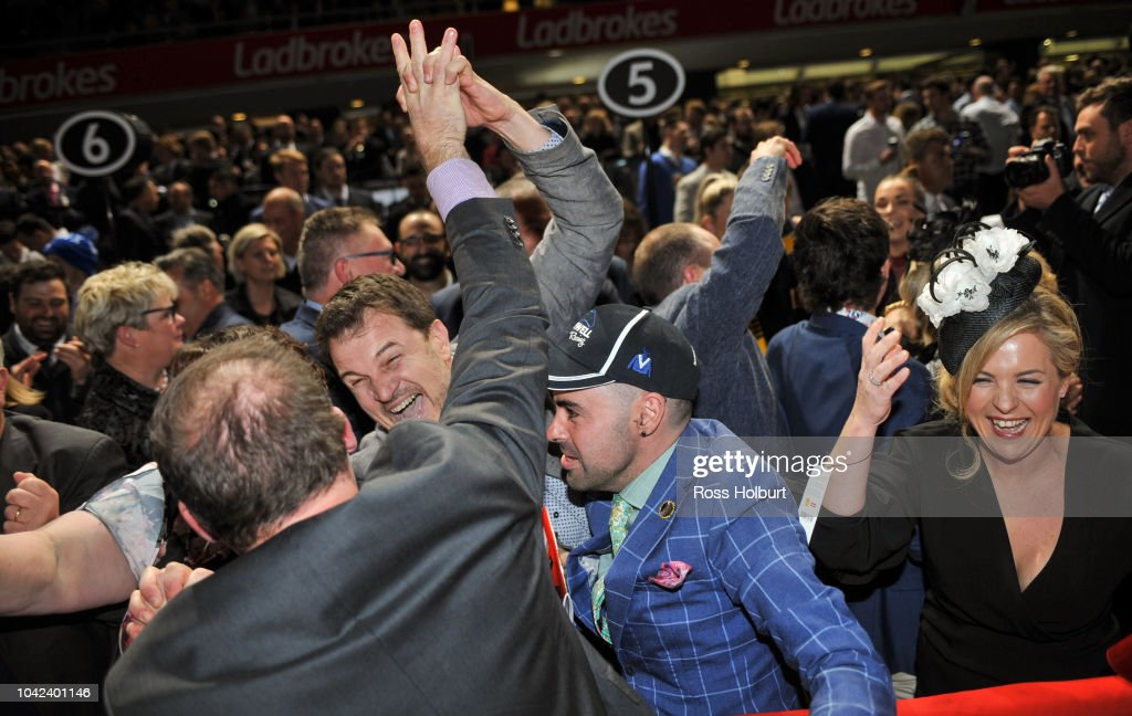 Connections of Viddora celebrate after winning the Charter Keck ...