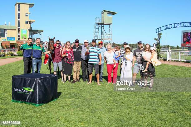 Connections pose with Moss 'n' Dale after winning the Ladbrokes Sale Cup at Sale Racecourse on October 29 2017 in Sale Australia