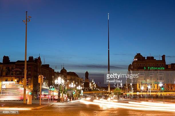 o'connell street by night - spire stock pictures, royalty-free photos & images