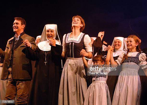 Connie Fisher Lesley Garrett and Alexander Hanson perfom on stage at the press night of 'The Sound Of Music' at the Palladium on November 15 2006 in...