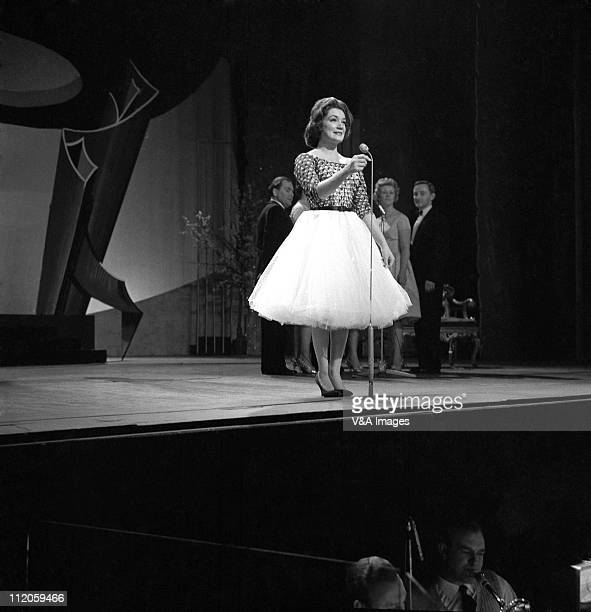 Connie Francis performs on stage on a TV show 1959