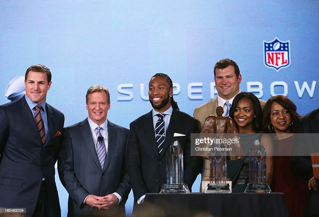 Connie Payton (R), wife of former Chicago Bears great Walter Payton, her daughter Brittney (2ndR) and NFL Commissioner Roger Goodell (2ndL) pose with the finalists for the Walter Payton Man of the Year award; Larry Fitzgerald (C) of the Arizona Cardinals, Joe Thomas (3rdR) of the Cleveland Browns and Jason Witten (L) of the Dallas Cowboys during a press conference for Super Bowl XLVII at the Ernest N. Morial Convention Center on February 1, 2013 in New Orleans, Louisiana.