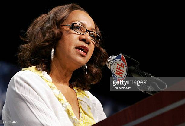 Connie Payton wife of the late Walter Payton speaks during the Walter Payton Award Press Conference on February 1 2008 at the Phoenix Convention...