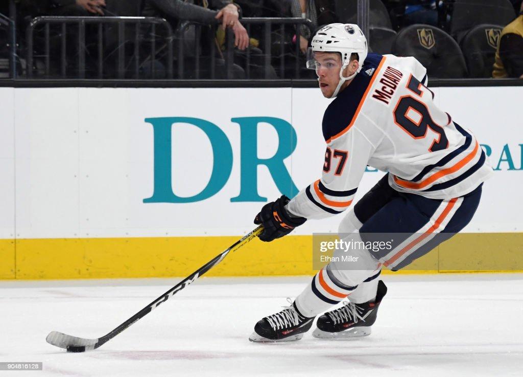 Edmonton Oilers v Vegas Golden Knights : Fotografía de noticias