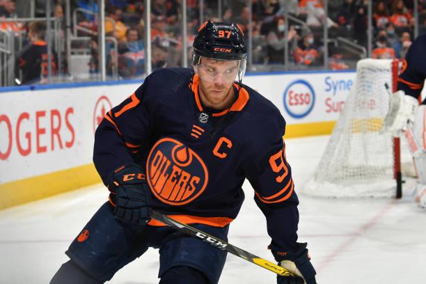 CAN: Philadelphia Flyers v Edmonton Oilers