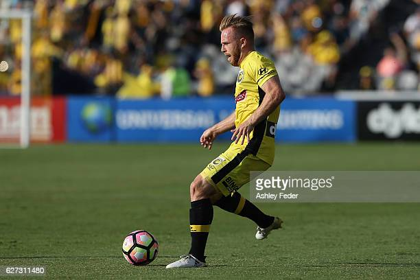 Connor Pain of the Mariners in action during the round nine ALeague match between Central Coast Mariners and the Western Sydney Wanderers at Central...