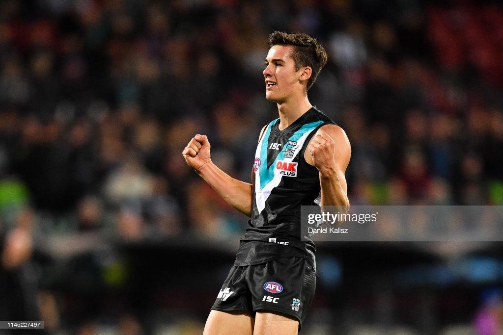 AFL Rd 6 - Port Adelaide v North Melbourne : News Photo