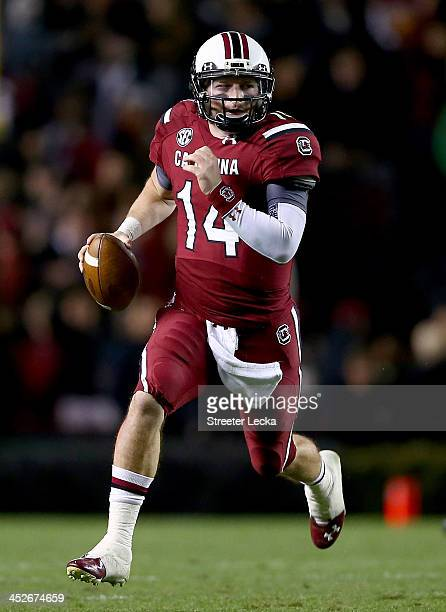 Connor Shaw of the South Carolina Gamecocks runs with the ball during their game against the Clemson Tigers at Williams-Brice Stadium on November 30,...