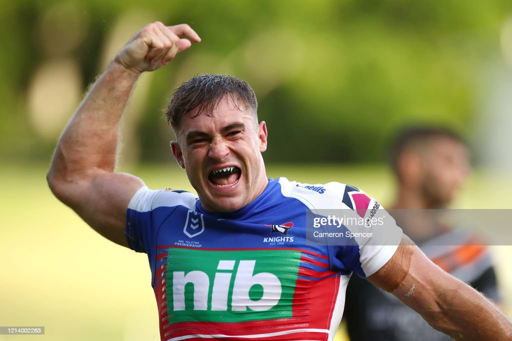 NRL Rd 2 - Wests Tigers v Knights : News Photo