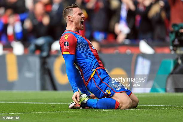 Connor Wickham of Crystal Palace celebrates after he scores to make it 21 during The Emirates FA Cup semi final match between Watford and Crystal...