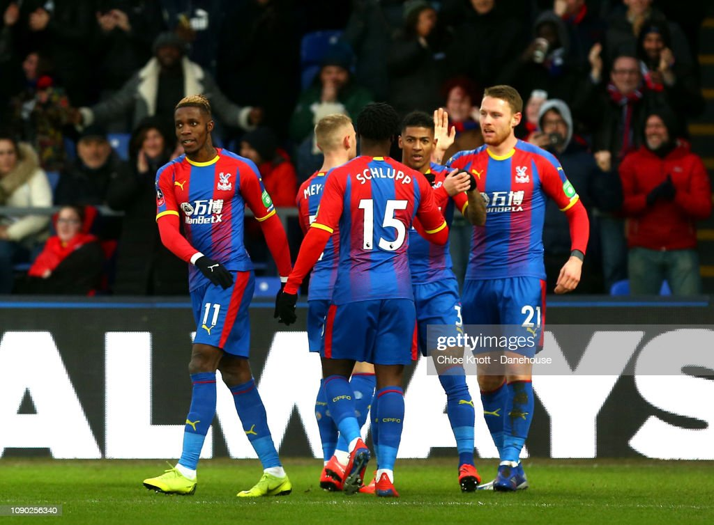Crystal Palace v Tottenham Hotspur - FA Cup 4th round : News Photo