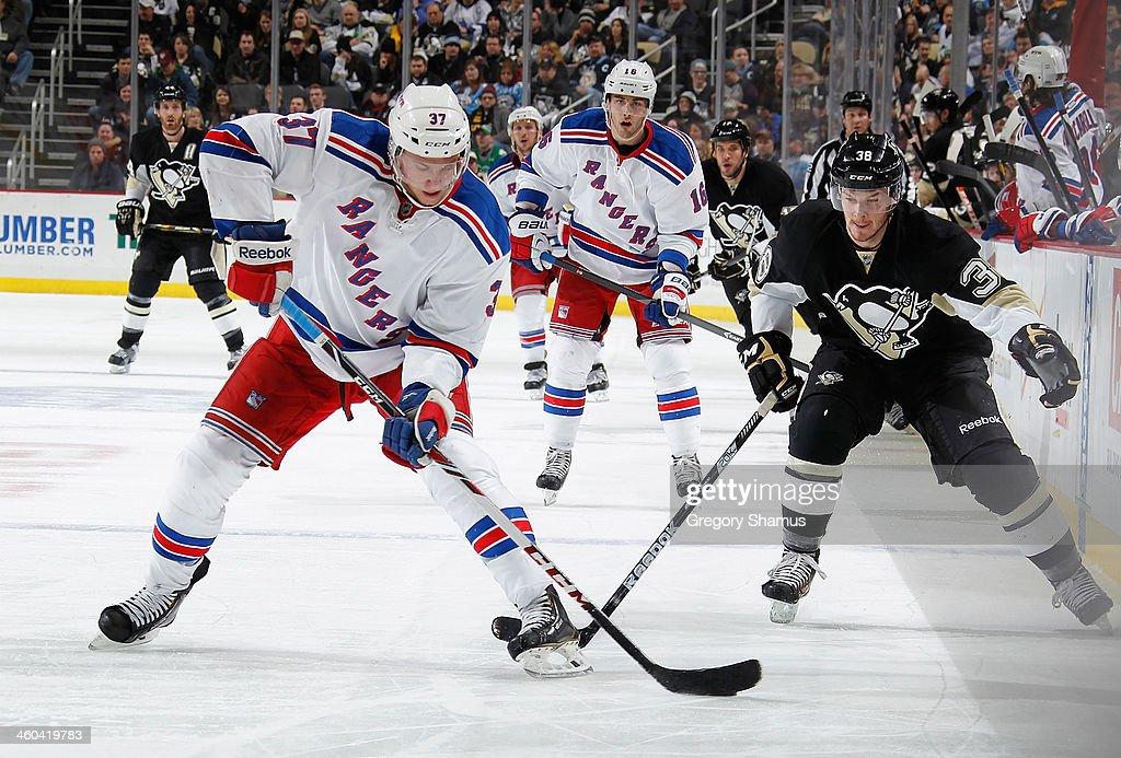 New York Rangers v Pittsburgh Penguins : News Photo