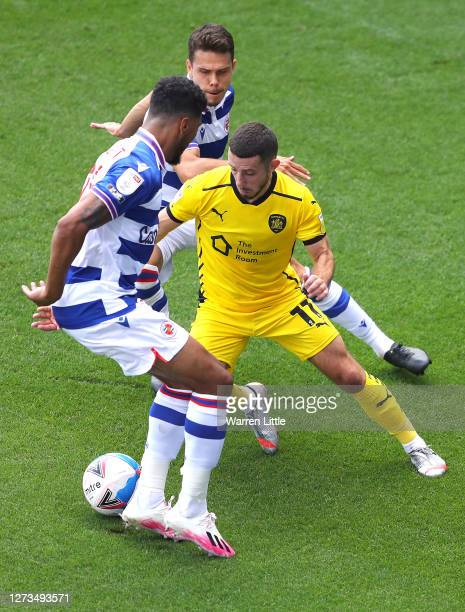 Conor Chaplin of Barnsley runs with the ball during the Sky Bet Championship match between Reading and Barnsley at Madejski Stadium on September 19...