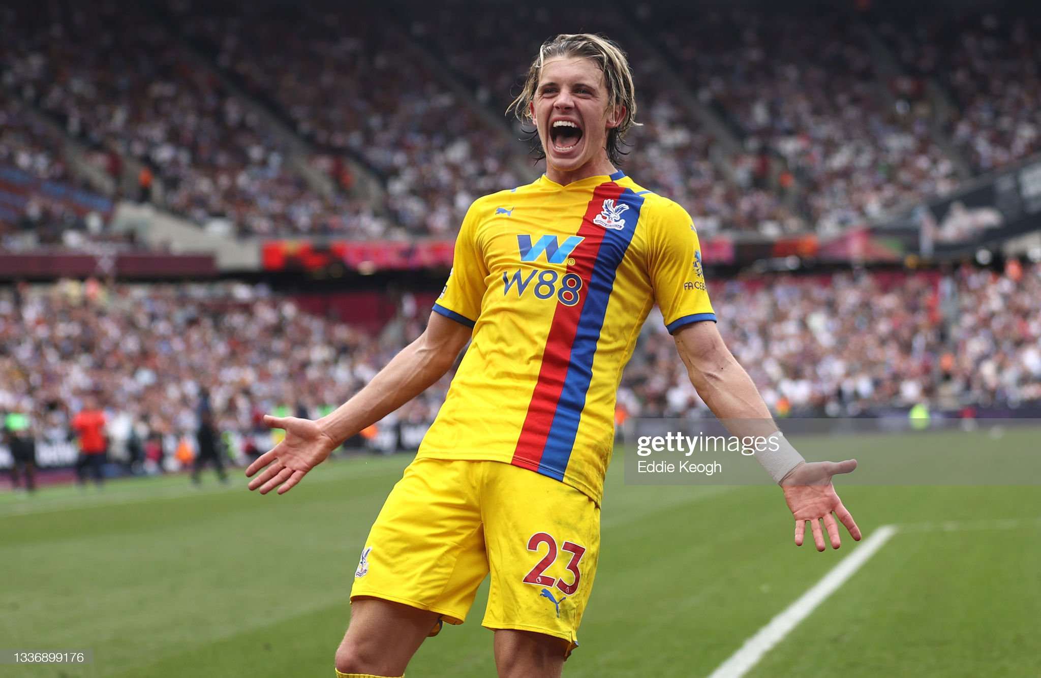conor gallagher  Crystal Palace - Premier League : ニュース写真