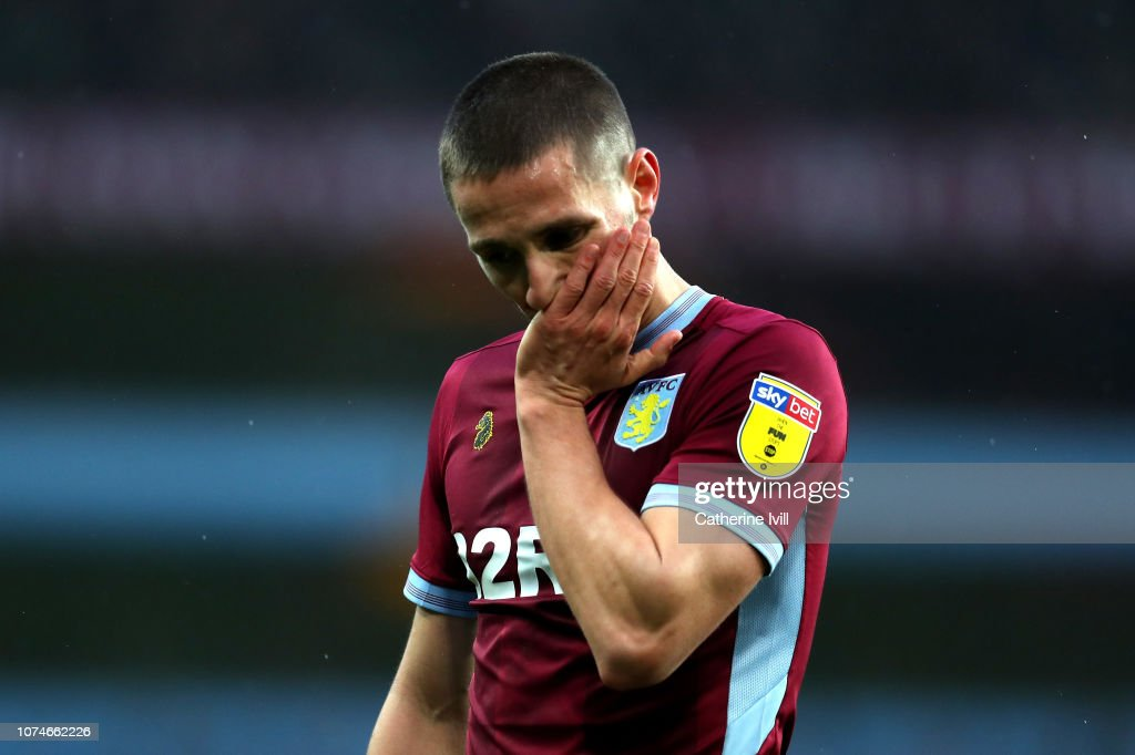 Aston Villa v Leeds United - Sky Bet Championship : News Photo