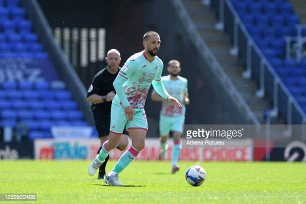 Conor Hourihane of Swansea City in action during the Sky Bet Championship match between Reading and Swansea City at the Madejski Stadium on April 25,...