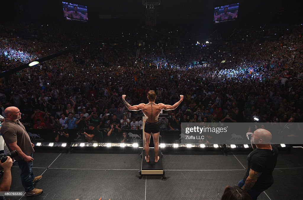 UFC 189 Weigh-in