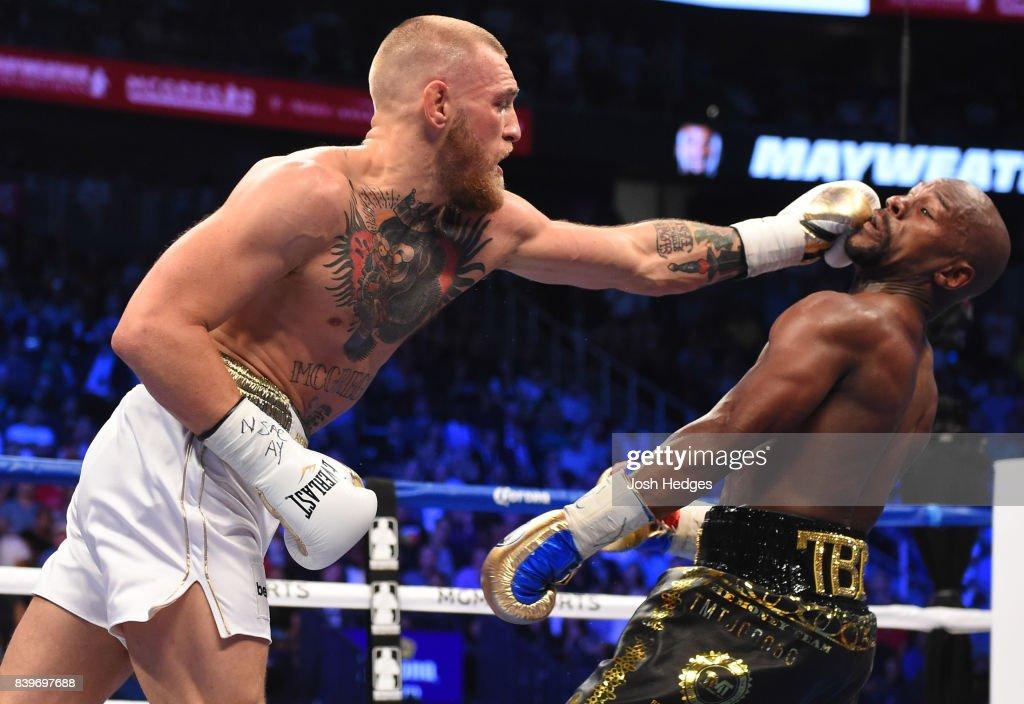 Floyd Mayweather Jr. v Conor McGregor : News Photo