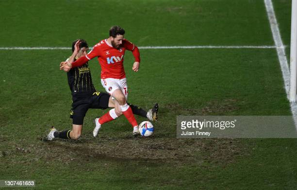 Conor Washington of Charlton scores the winning goal to make it 3-2 during the Sky Bet League One match between Charlton Athletic and Bristol Rovers...