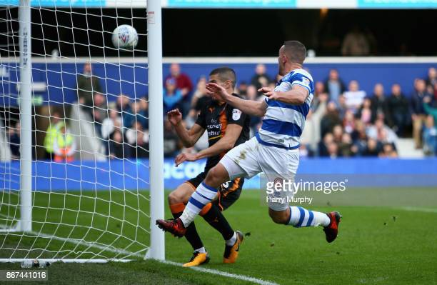 Conor Washington of Queens Park Rangers scores his sides first goal during the Sky Bet Championship match between Queens Park Rangers and...