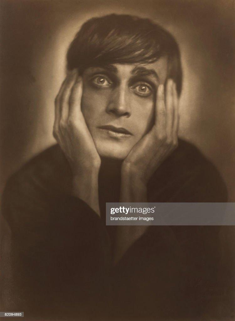 Conrad Veidt As Cesare In The Film The Cabinet Of Dr Caligari